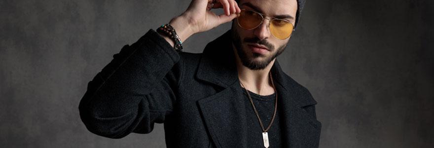 collier homme adapté